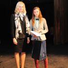 Zľava: Mgr. Andrea Putalová, ocenená: Laura Kočanová