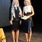 Zľava: Mgr. Andrea Putalová, ocenená: Monika Hucáková
