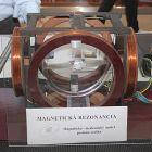 Magnetická rezonancia vidí všetko – stánok Ústavu merania Slovenskej akadémie vied